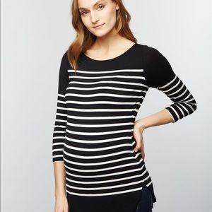 Jessica Simpson Tops - Jessica Simpson Classy Maternity Top